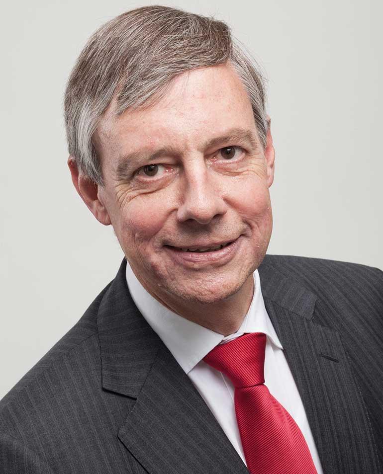 Dr. Altfried Lütkenhaus